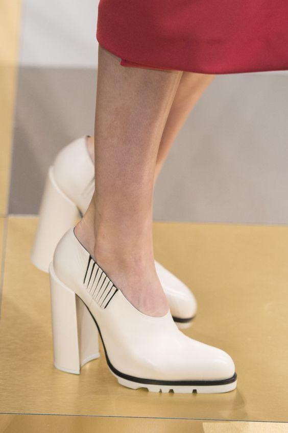 Туфли на толстом каблеку - стильная обувь осень-зима 2020
