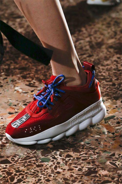 Модные кроссовки Versace осень-зима 2019-2020