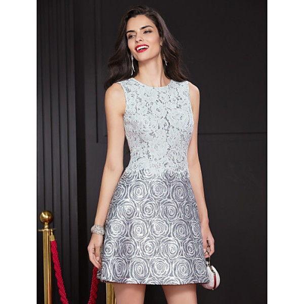 Стильное коктейльное платье А-силуэта 2018-2019