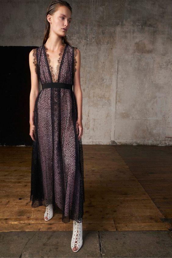 Коктейльное платье в бельевом стиле осень-зима 2018-2019