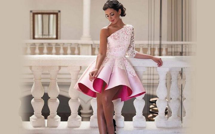 Стильное коктейльное платье осень-зима 2018-2019