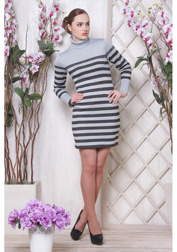 Полосатое повседневное платье осень-зима 2018-2019