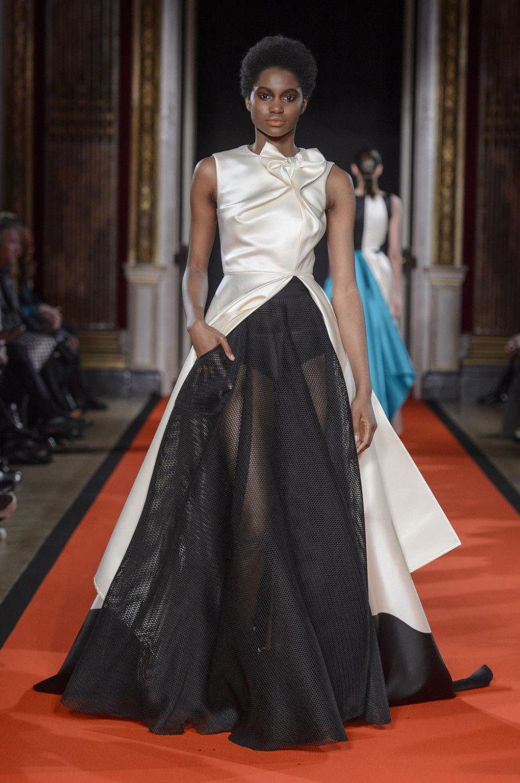Модные платья с пышной юбкой осень-зима 2020-2021