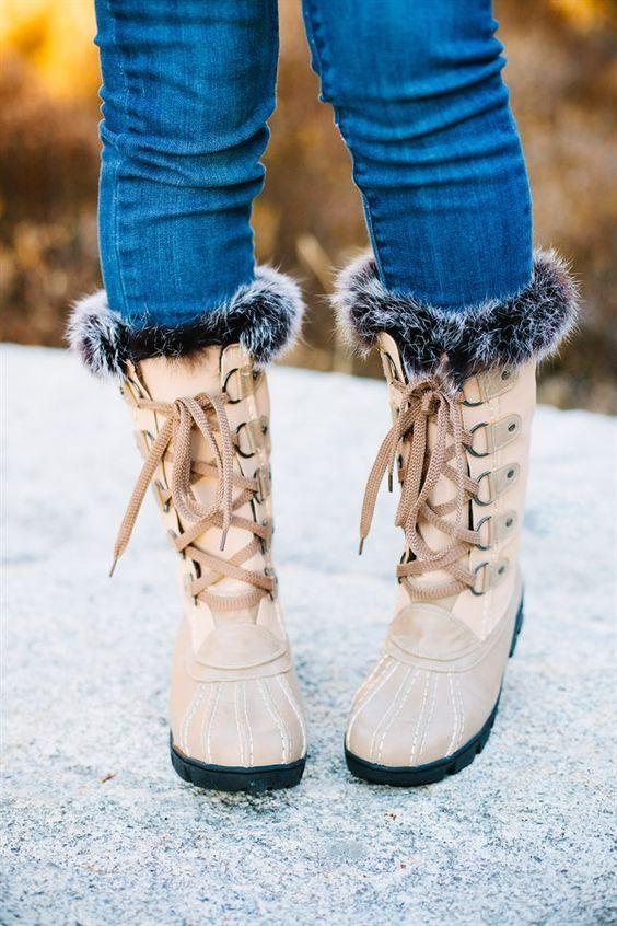 Женские ботинки осень-зима 2019-2020 с меховой отделкой
