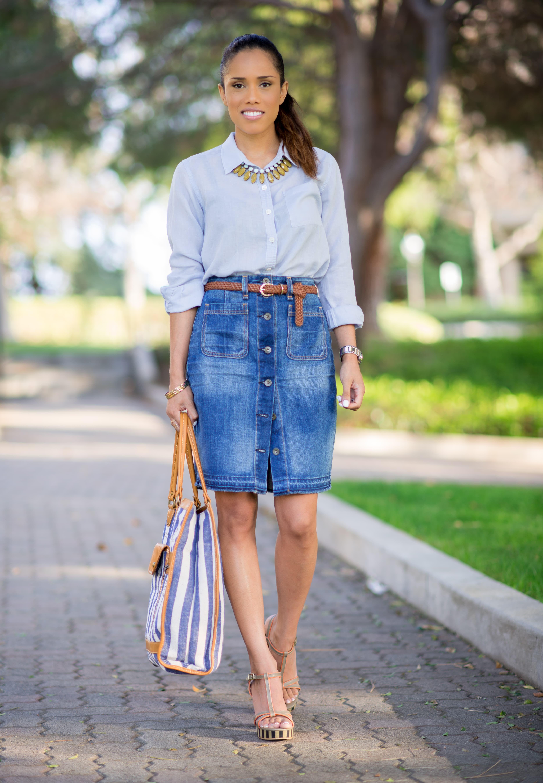 Джинсовая юбка средней длины
