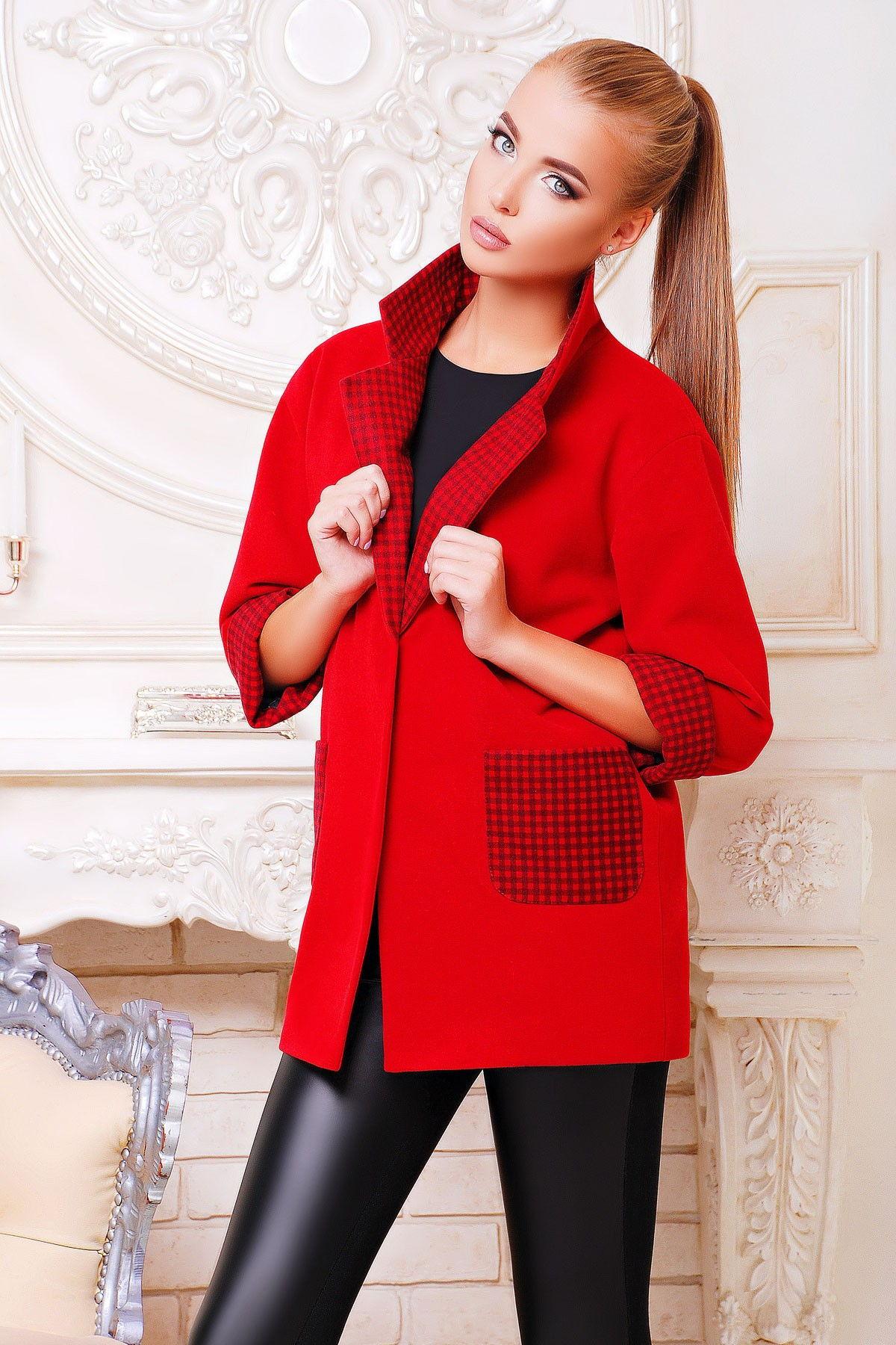 Модное женское пальто с рукавом 3/4 осень-зима 2018-2019