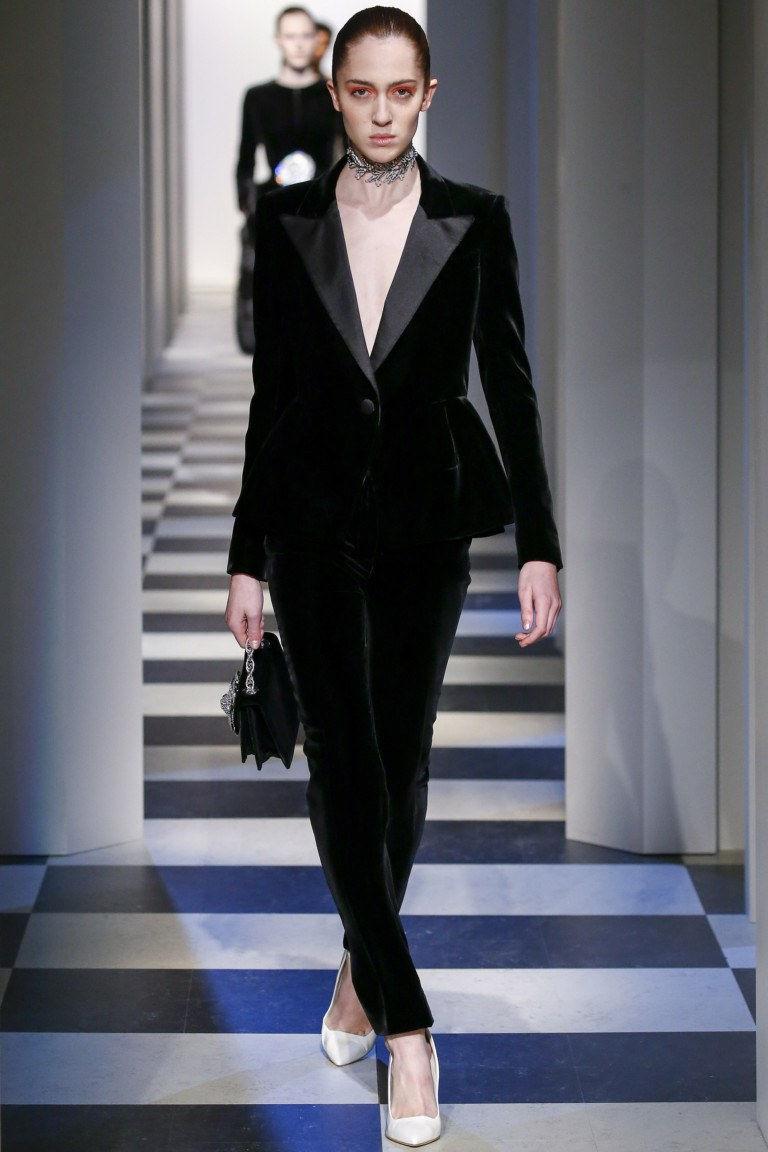 Стильный бархатный пиджак осень-зима 2019-2020