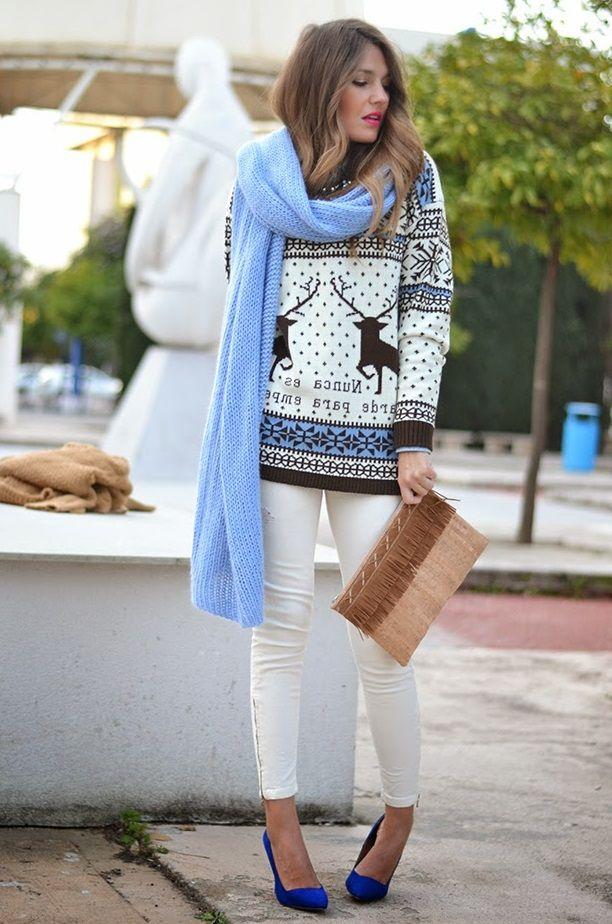 Модный женский свитер с оленями осень-зима 2018-2019