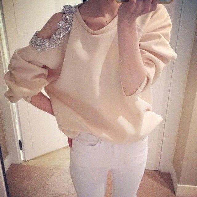 Модные женские кофты с открытыми плечами осень-зима 2019-2020