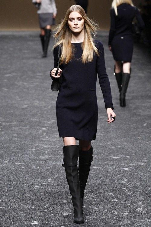 Стильное черное платье осень-зима 2018-2019