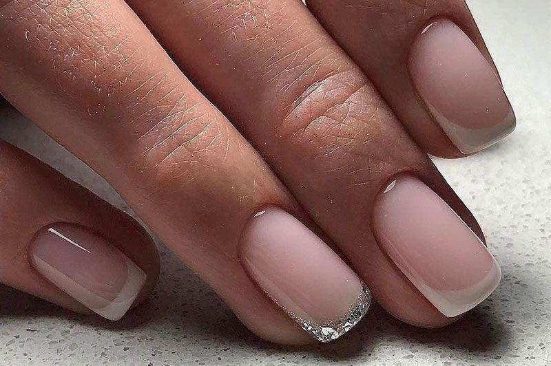 Классический маникюр на короткие ногти 2018