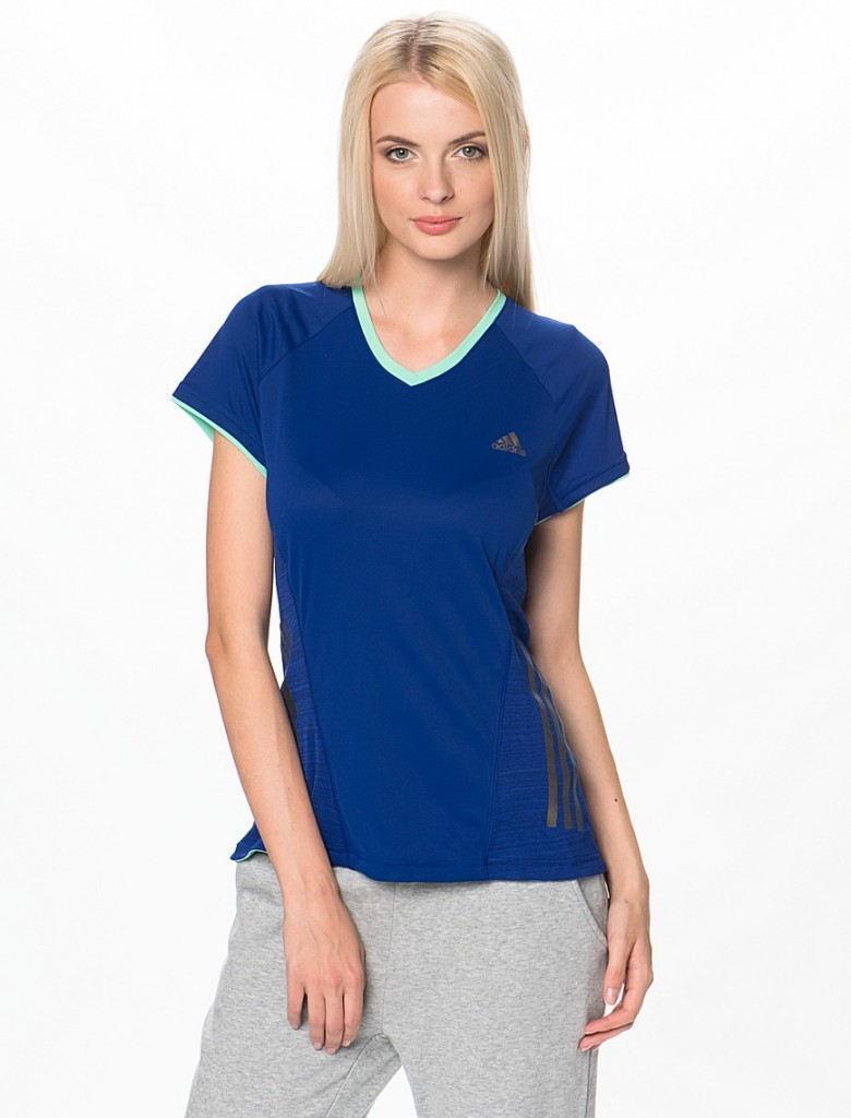 Стильный образ с женской футболкой с рукавом реглан осень-зима 2018-2019
