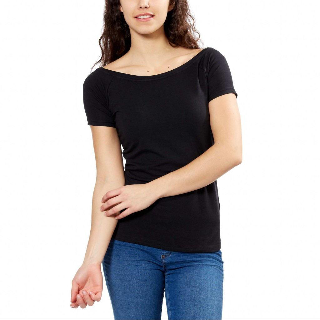 Стильный образ с футболкой с приспущенной линией плеча осень-зима 2018-2019