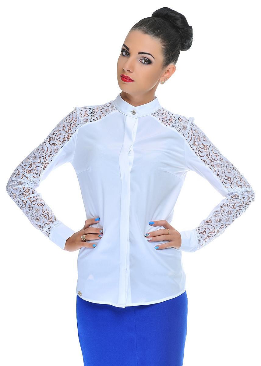 Модная женская рубашка из атласа с кружевными вставками
