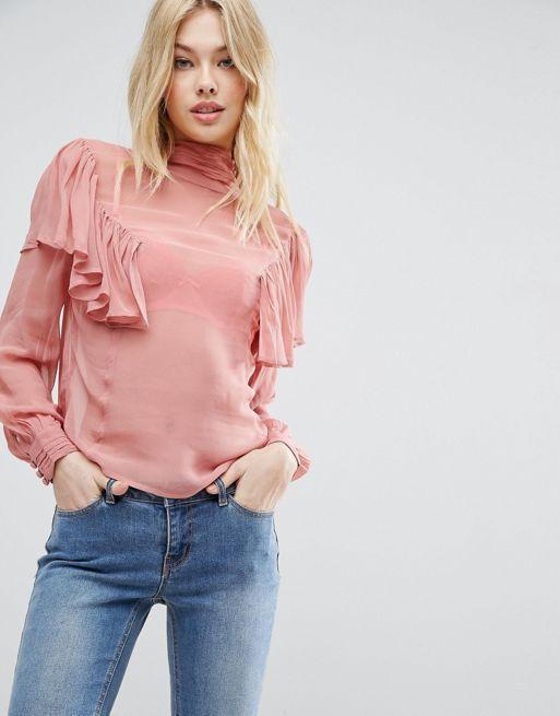 Модная блузка с рюшами осень-зима 2018-2019