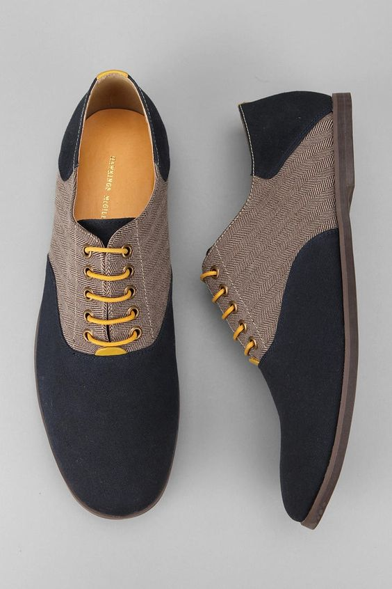 Спортивные мужские туфли