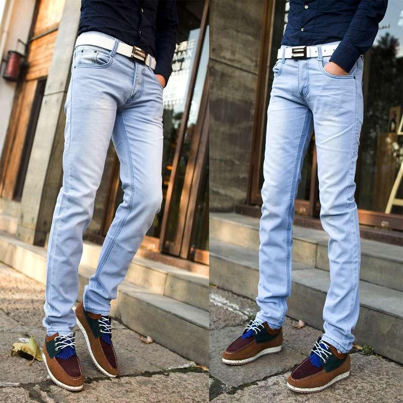 Голубые мужские джинсы