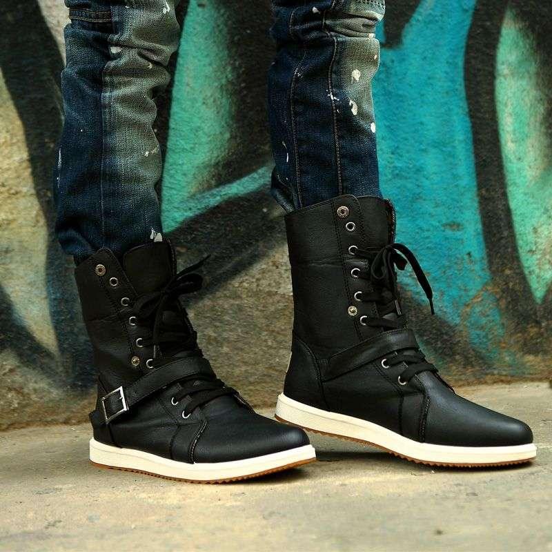 Мужские сапоги на шнуровке