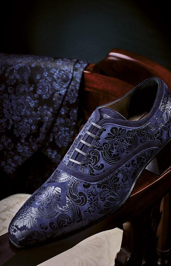 Иссиня-черные мужские туфли с принтом