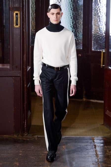 Лампасы на мужских брюках