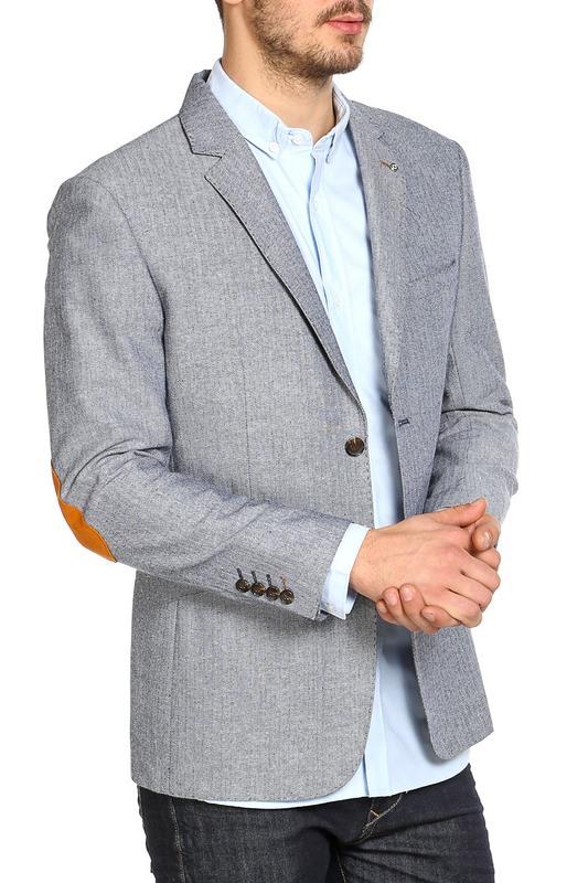 Заплатки на пиджаке