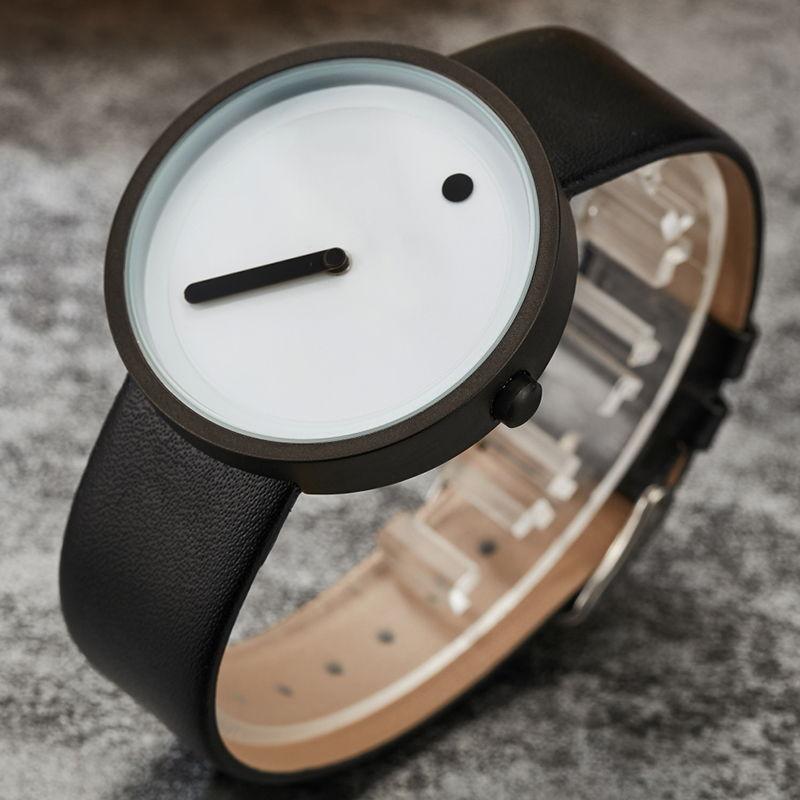 Минималистические мужские часы