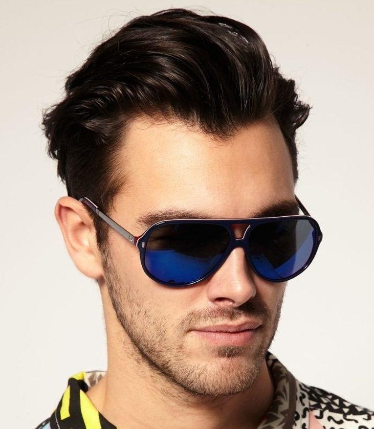 Красивые мужские очки от солнца