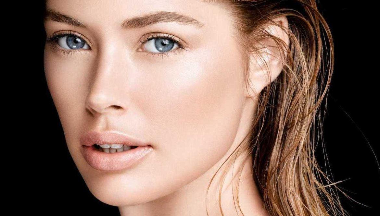 Нюдовый макияж для шатенки