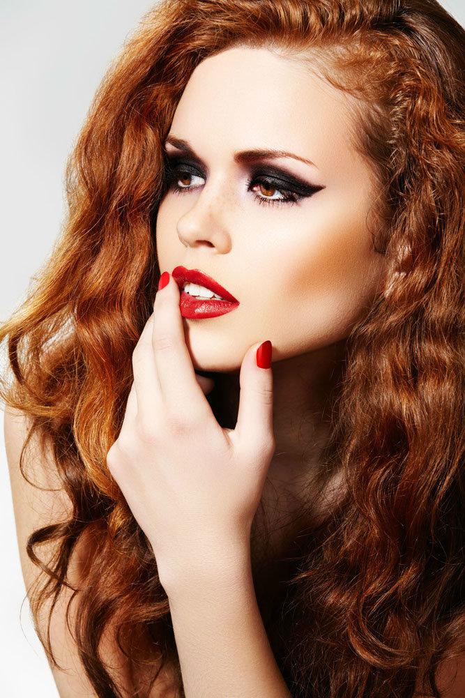 Румяна и макияж